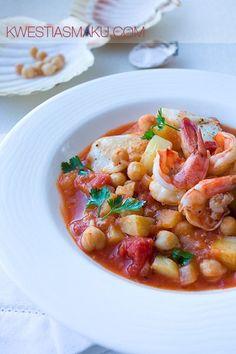 Kociołek śródziemnomorski z ciecierzycą, ziemniakami i krewetkami | Kwestia Smaku