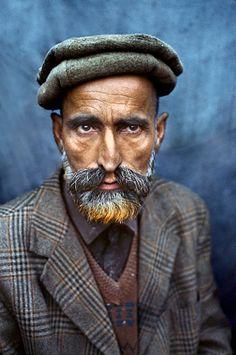 Kashmir, 1998. Author: Steve McCurry.