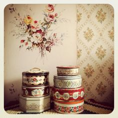 いいね!477件、コメント23件 ― @tiesjesvintageのInstagramアカウント: 「#vintage#wallpaper#tin #vintagehome#cosyhome #oldhouse」