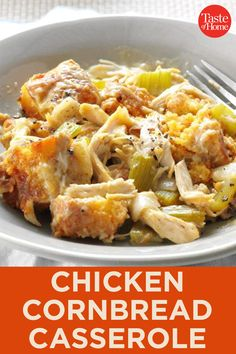 Chicken Cornbread Casserole I love this super-easy chicken slow cooker recipe because it tastes like Thanksgiving, but without all the hassle. It's such a hearty, delicious meal for the fall or winter season. Slow Cooker Huhn, Slow Cooker Recipes, Crockpot Recipes, Chicken Recipes, Cooking Recipes, Healthy Recipes, Fall Recipes, Cooking Fish, Chicken Ideas