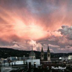 """#Torino raccontata dai cittadini per #inTO Foto di @mxslv finalmente weekend! #twilight #tramonto #Torino #Italia #instatorino #instaitalia #ig_Piemonte"""" via @PhotoRepost_app"""