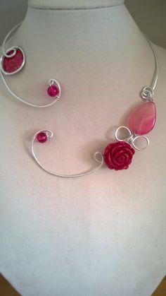Raspberry necklace Raspberry jewelry by LesBijouxLibellule on Etsy Funky Jewelry, Stylish Jewelry, Turquoise Jewelry, Modern Jewelry, Beaded Jewelry, Prom Necklaces, Metal Necklaces, Statement Necklace Wedding, Statement Jewelry