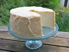 Homemade Angel Food Cake: A Canadian Prairie Celebratory Tradition Angle Food Cake Recipes, Homemade Cake Recipes, No Bake Desserts, Dessert Recipes, Dessert Ideas, Angel Food Cake Frosting, Cake Story, Best Banana Bread, Angel Cake