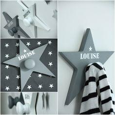 Ma caisse à jouets: Patères. une jolie étoile grise avec prénm en blanc pour mon petit Noah :-)