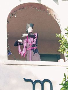Tucson Oddity: Downtown's well-dressed mannequin. What's it all about? http://azstarnet.com/news/local/balcony-mannequin-always-dressed-just-so/article_1c5067b2-545e-54a8-9288-7f474ec9813c.html