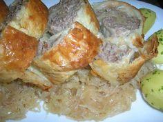 Rezept: Hack-Blätterteigrolle auf Sauerkraut (peiswert, schnell und lecker) Bild Nr. 2