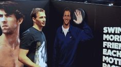 Ryan Lochte Gives Himself a High-Five *click pic to view .gif*