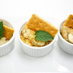 These perfectly portioned bites are everything you need to satisfy a sweet tooth. Creamy banana custard is layered with banana slices and graham cracker crumbles and served up in ramekins that really dress up the dessert table. Healthy Dessert Recipes, Delicious Desserts, Healthy Snacks, Yummy Food, Healthy Eating, Recipe Rehab Recipes, Cooking Recipes, Recipe Tv, Summer Desserts