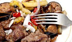 Αρνάκι λεμονάτο Pot Roast, Easter, Beef, Ethnic Recipes, Food, Carne Asada, Meals, Yemek, Steak