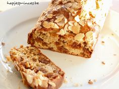 Easy no-knit bread: Fruitig sodabrood - Hapjesprinses Healthy Sweets, Healthy Snacks, Healthy Recipes, Feel Good Food, Sweet Bread, Breakfast Recipes, Bakery, Ethnic Recipes, Desserts