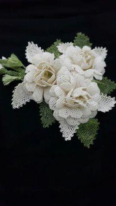 İ Seed Bead Flowers, Beaded Flowers, Crochet Flowers, Fabric Flowers, Needle Lace, Bobbin Lace, Filet Crochet, Seed Bead Necklace, Seed Beads