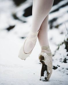 Ballet and snow Dance Photo Shoot, Dance Photos, Dance Pictures, Pointe Shoes, Ballet Shoes, Ballet Beau, 12 Dancing Princesses, Ballet Images, Christine Caine