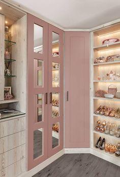 Beautiful Dream Closet Makeover In Your Dressing Room - Korhek Pink Wardrobe, Bedroom Wardrobe, Walk In Closet Design, Closet Designs, Fitted Wardrobe Design, Wardrobe Furniture, Bedroom Furniture, Pink Fitted Wardrobes, Dressing Room Design
