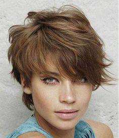 30 Short Haircuts for Round Faces: Choppy Layered Pixie; Short Hair Cuts For Round Faces, Round Face Haircuts, Trendy Haircuts, New Haircuts, Easy Hairstyles For Medium Hair, Medium Hair Styles, Cool Hairstyles, Short Hair Styles, Oval Faces
