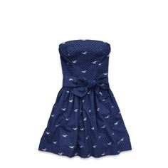 Arch Bay Dress | hate hollister abercrombie and how they're all called but this is too cute