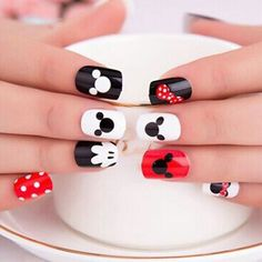 Mickey Mouse Nail Art Mickey Mouse Nail Art This image has get. Nail Art Disney, Disney Nail Designs, Cute Nail Designs, Disney Toe Nails, Trendy Nail Art, Cute Nail Art, Cute Nails, My Nails, Nail Art Kids