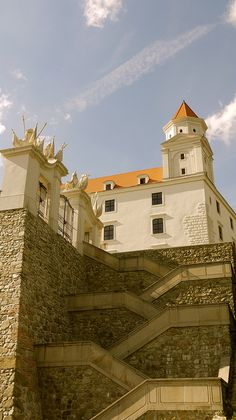Bratislava Slovakia, Central Europe, Eastern Europe, Summer Travel, Places Ive Been, Beautiful Places, Castle, Adventure