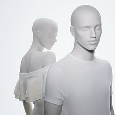 GENESIS designs and produces high-quality and trend-setting mannequins for the iternational fashion industry.