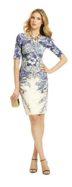 Rent the Runway Blau Blume