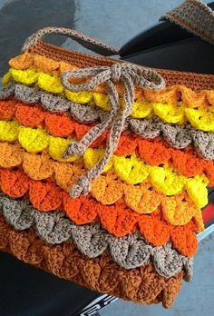 Crocodile stitch sling bag - Crochet creation by Farida Cahyaning Ati
