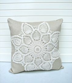 This reminds me of my sister. I can't even begin to put into words just how unbelievably fantastic her crochet work is! She hand crochets doilies that would blow anyone's mind! Crochet Cushion Cover, Crochet Cushions, Sewing Pillows, Crochet Pillow, Crochet Doilies, Cushion Covers, Doily Art, Shabby Cottage, Vintage Crafts
