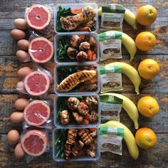 "Now this is a prime example of how you should take your meal prep masterpieces. Everything about this meal prep is yumazing! Meal Prep Game on done by extravagant prep mama! "" This is how i roll. Breakfast and lunch for the week - baked c Healthy Meal Prep, Healthy Snacks, Healthy Eating, Healthy Recipes, Keto Recipes, High Protein Meal Prep, Budget Recipes, Quiche Recipes, Lunch Snacks"