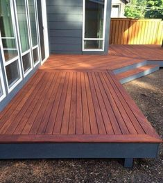 Wooden Mahogany Deck 2019 It is important to know that pre-stain stain and finishing coat are consistent. This means that if you choose oil-based stain pre-stain and topcoat must also The post Wooden Mahogany Deck 2019 appeared first on Deck ideas. Backyard Patio Designs, Backyard Landscaping, Patio Decks, Decks And Porches, Small Backyard Decks, Outdoor Decking, Landscaping Ideas, Pergola Patio, Curved Decking
