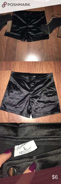Knock off American apparel disco shorts Knock off American apparel disco shorts. Looks almost identical to the real $60 shorts. Size large. Runs very small, this Says large but could fit a Medium. American Apparel Shorts