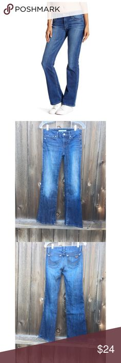 "JOE JEANS DENIM PROVECTEUR SZ 23 Joe jeans provecteur size 23""- 98% cotton 2% elastane inseam 30""- metallic threading on back pockets- some fraying at edge of hem good condition Joe's Jeans Jeans Boot Cut"