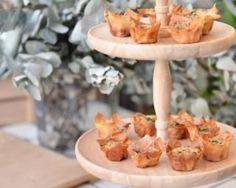 Mini bouchées de feuilles de brick aux deux saumons : http://www.fourchette-et-bikini.fr/recettes/recettes-minceur/mini-bouchees-de-feuilles-de-brick-aux-deux-saumons.html