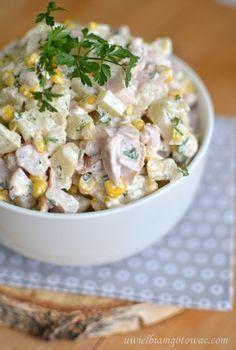 Sałatka z wędzonym kurczakiem Appetizer Salads, Appetizer Recipes, Salad Recipes, Appetizers, Cauliflower Patties, Foods With Gluten, Tortellini, Creative Food, Italian Recipes