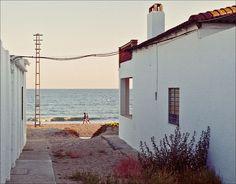 Hacia el mar by Miguel Ibanez Y La Antilla, Lepe (Huelva)