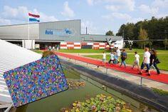 Aviodrome vertelt het boeiende verhaal van de Nederlandse luchtvaart en laat deze veranderen in unieke avonturen. Attracties en vermaak voor het hele gezin!