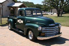 Classic Chevrolet Trucks 219930 Photo 19 - trucktrend.com