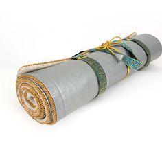 desiary.de - Holistic Silk Yoga Mat Silber