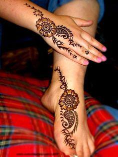 Leading-ten Eid Mehndi Styles for Girls – Mehndi for Girls and Children – Eid Mehndi Designs, Mehndi Designs For Girls, Motif Design, Pattern Design, Floral Design, Mehndi Style, Henna Patterns, Henna Art, Simple Designs