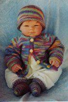 Free knitting pattern: Paintbrush Baby Set