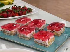 Γλυκό ψυγείου με γιαούρτι και ζελέ φράουλα χωρίς ζάχαρη Cheesecake, Sweets, Fish, Meat, Desserts, Tailgate Desserts, Deserts, Gummi Candy, Cheesecakes