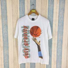 e8754ff64d214d LOONEY TUNES Space Jam Shirt Unisex Medium Vintage 90 s Looney Tunes  Cartoon Bugs Bunny Tee Michael Jordan Basketball Nba Tshirt Size M