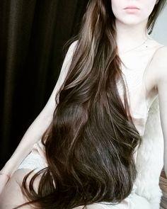 Beautiful Long Hair, Gorgeous Hair, Amazing Hair, Long Hair Video, Bun Hairstyles For Long Hair, Rapunzel Hair, Grow Long Hair, Super Long Hair, Silky Hair