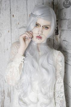 Model: Emma Rose Smith Photographer: Panda Face