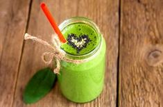 Detox Smoothie Recipes for Weight Loss. Check out these 10 natural smoothies for weight loss to help you detox and rejuvenate after the holidays. Detox Smoothie Recipes, Smoothie Prep, Smoothie Drinks, Detox Drinks, Healthy Drinks, Healthy Recipes, Breakfast Smoothies, Detox Smoothies, Weight Loss Juice