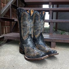 Corral Kids' Black Wing & Cross Sq Toe Cowgirl Boots A1032T