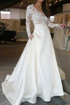 Pockets Lace Long Sleeve Wedding Dress