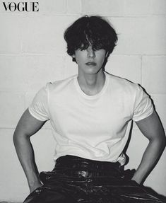 Vogue Korea, Kim Woo Bin, Lifestyle News, Actor Model, No One Loves Me, Korean Actors, Love Him, My Photos, Wall Photos