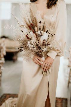 Boho Wedding Bouquet, Floral Wedding, Bridal Bouquets, Gown Wedding, Wedding Bride, Fall Wedding, Dried Flower Bouquet, Dried Flowers, Boquet
