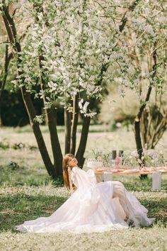 Fairytale, Bloom, Table Decorations, Wedding Dresses, Spring, Modern, Fairy Tail, Bride Dresses, Fairytail