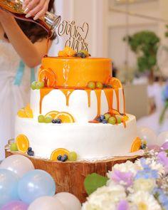 ウェディングケーキにソースをかける「カラードリップ」の演出とは? | marry[マリー]