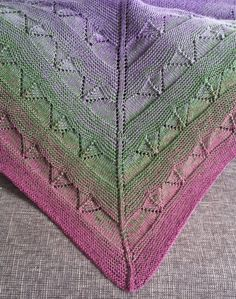 Schultertuch gestrickt Lochmuster Farbverlauf The Effective Pictures We Offer You About knittings sh Poncho Knitting Patterns, Shawl Patterns, Knitted Poncho, Knitted Shawls, Crochet Shawl, Knitting Socks, Baby Shawl, Garter Stitch, Love Crochet