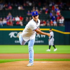 Friendly reminder that @jackleiter is coming. The post Texas Rangers: Friendly reminder that @jackleiter is coming…. appeared first on Raw Chili. Texas Rangers